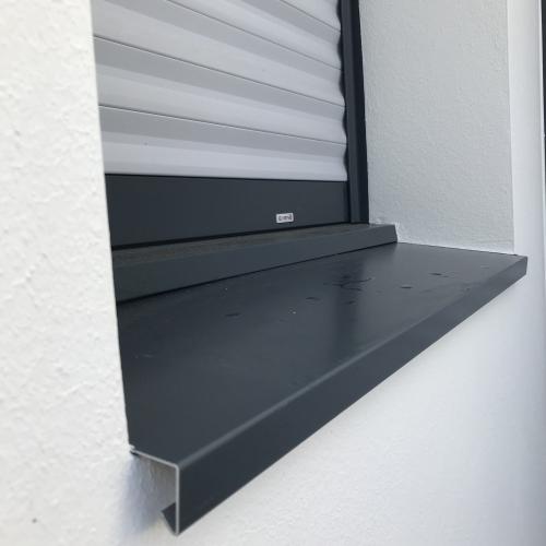 Habillage des appuis de fenêtres par pose de bavette aluminium à Nantes